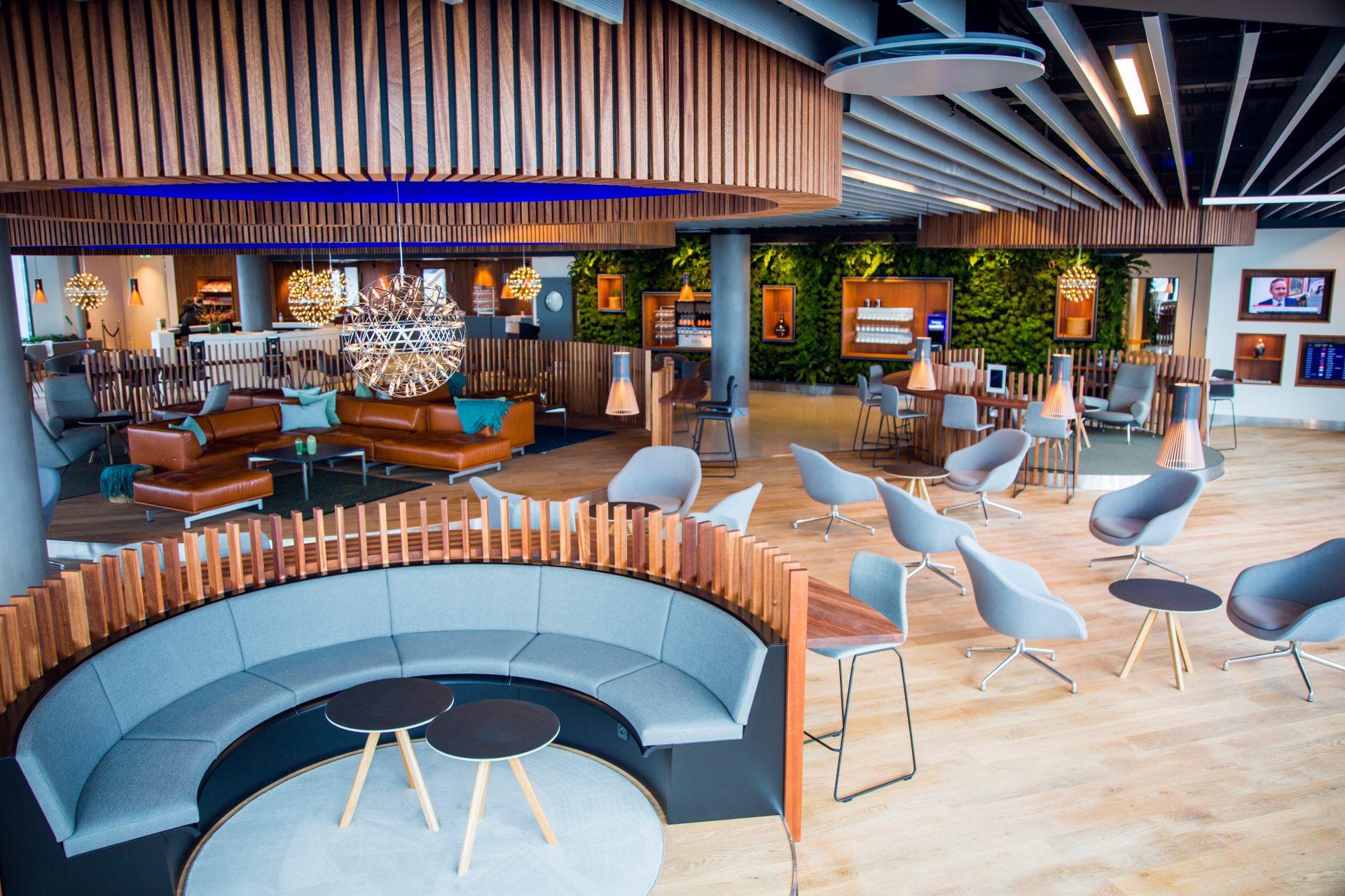 ZESO CONNECTIVITY / Eventyr Lounge